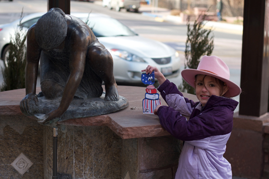 Taylor Hayward & Flat Stanley Cup taking in the sculptures in Manitou Springs, Colo.: Photo submitted by Norman Hayward