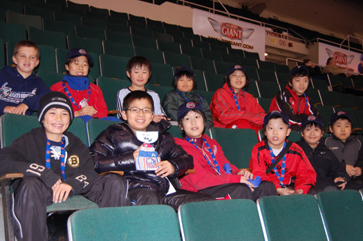 Flat Stanley Cup with Team Japan: Photo submitted by New York Islanders