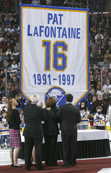 Pat LaFontaine jersey retirement