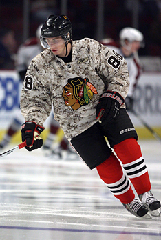 Patrick Kane and the Chicago Blackhawks show their support for the military cause.